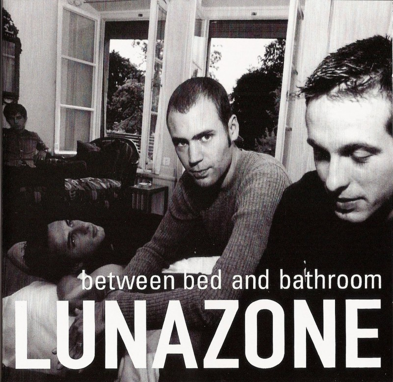 Lunazone - Between Bed and Bathroom